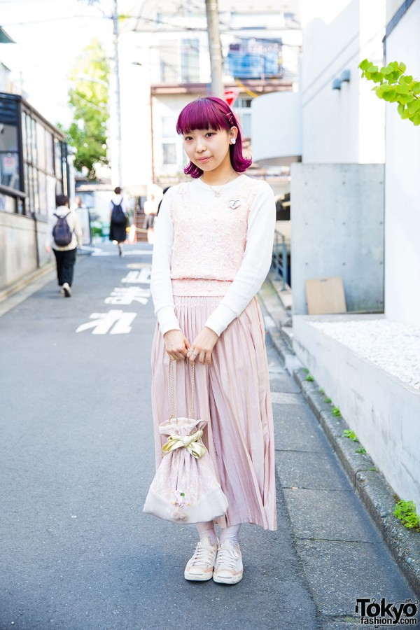 Harajuku Girl in Pastel Vintage Fashion w/ Jenny Fax & Southpaw Items