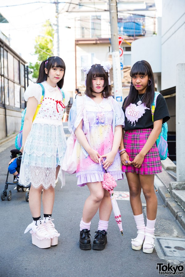 Harajuku Girls in Kawaii Fashion