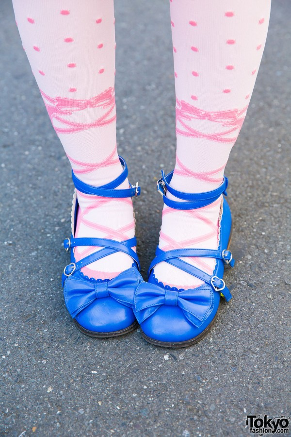 Pink stockings and Angelic Pretty babydoll shoes