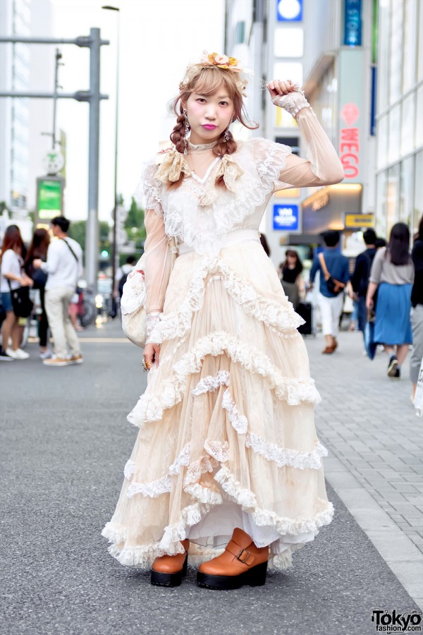Vintage Harajuku Street Style w/ Meno Dress, Freckleat & Too Much