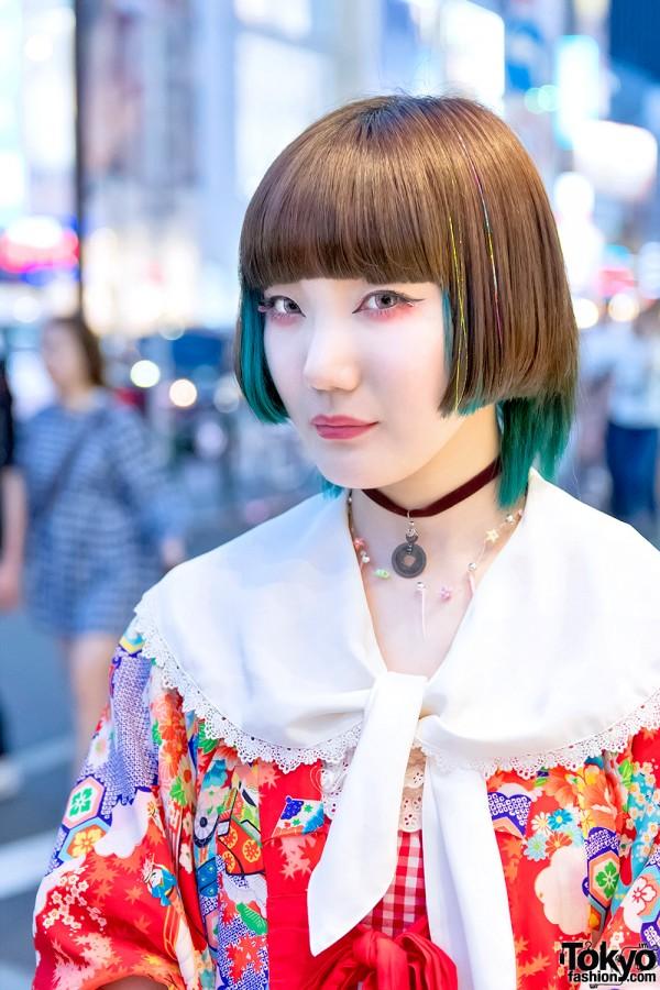 Harajuku Girl w/ Bob Hairstyle & Kimono Jacket