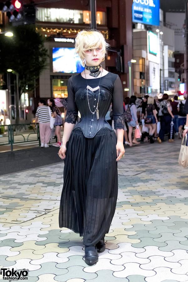 Dark Japanese Corset Street Style