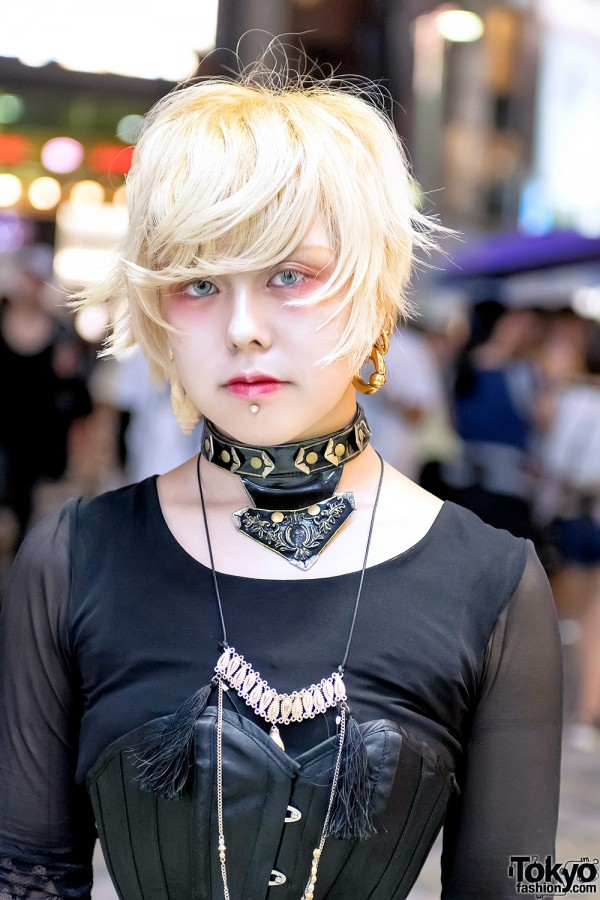 Blonde Harajuku Girl w/ Piercings & Choker