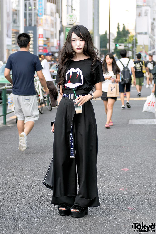 Harajuku Girl In Saint Laurent Vampire Shirt W Gvgv Pameo Pose Emoda Hermes