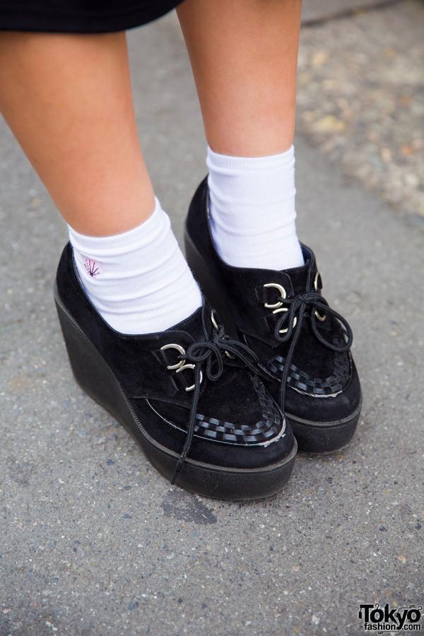 Resale platform shoes