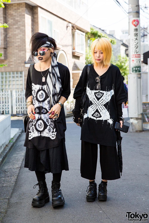 Harajuku Goth Street Styles w/ Oversized M:E T-Shirts ...