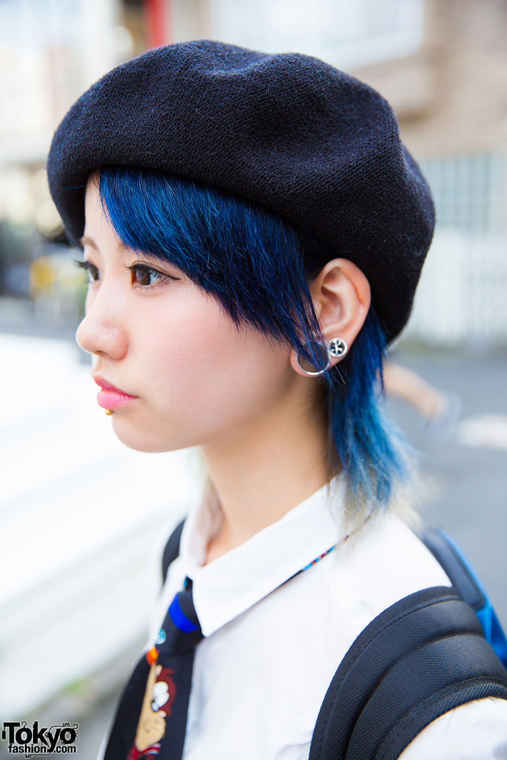 Harajuku Girl W Blue Hair Piercings Beret Amp Looney