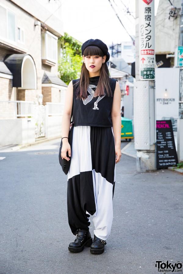 Black and white fashion w/ Pameo Pose top, Ikumi harem pants, and Yosuke platform creepers