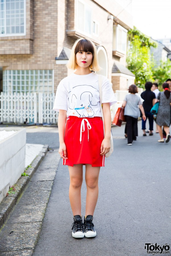 Harajuku Girl w/ Two-tone Hair in Sporty Chic w/ Faith Tokyo, Converse & Unite Band Merch