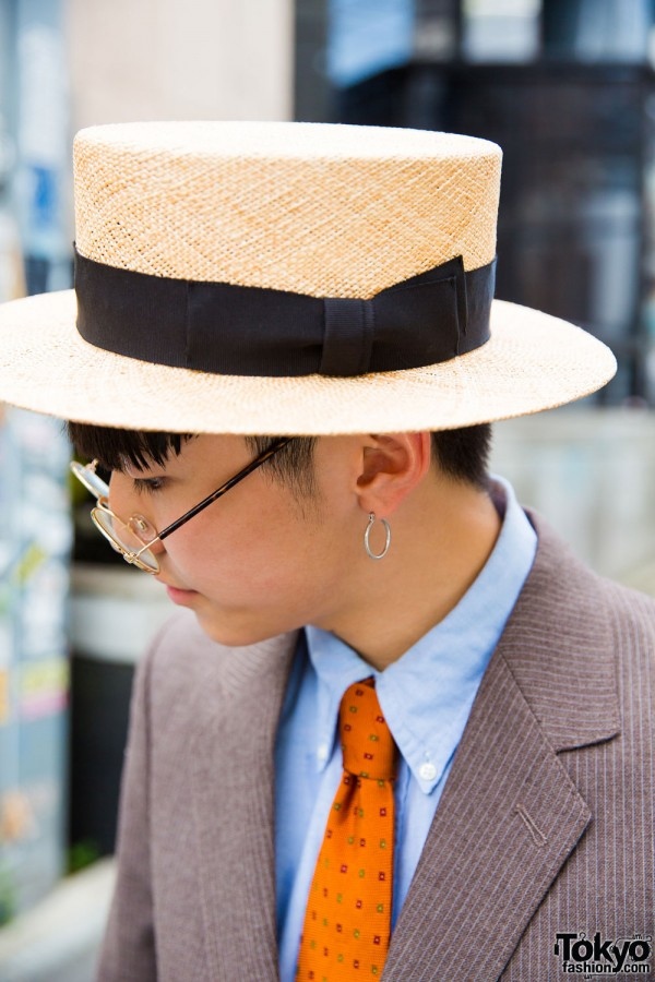 CA4LA hat, hoop earrings and round glasses
