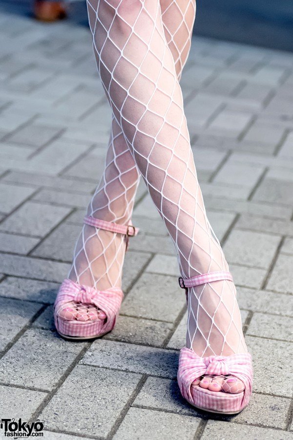 Fishnets & Pink Wedges