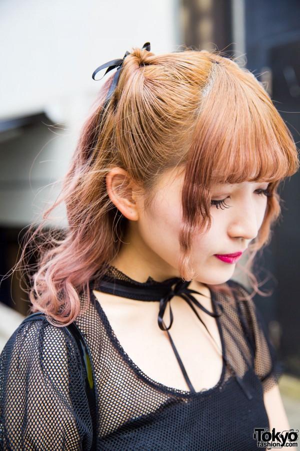 Black bow choker & dip dye hair