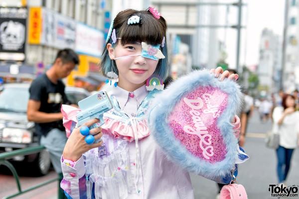 Harajuku Girl in Eye Patch & Pastel My Unicorn Fashion
