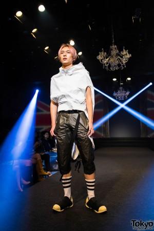 Michiko London Koshino Harajuku Fashion Show (11)