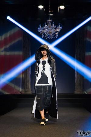 Michiko London Koshino Harajuku Fashion Show (14)