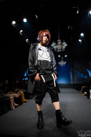 Michiko London Koshino Harajuku Fashion Show (21)