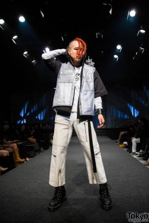 Michiko London Koshino Harajuku Fashion Show (24)