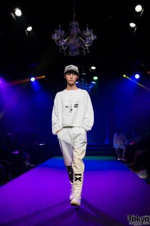 Michiko London Koshino Harajuku Fashion Show (27)