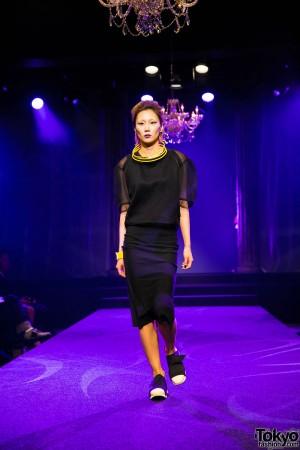 Michiko London Koshino Harajuku Fashion Show (30)