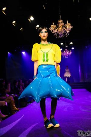Michiko London Koshino Harajuku Fashion Show (32)