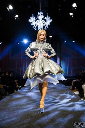 Michiko London Koshino Harajuku Fashion Show (49)