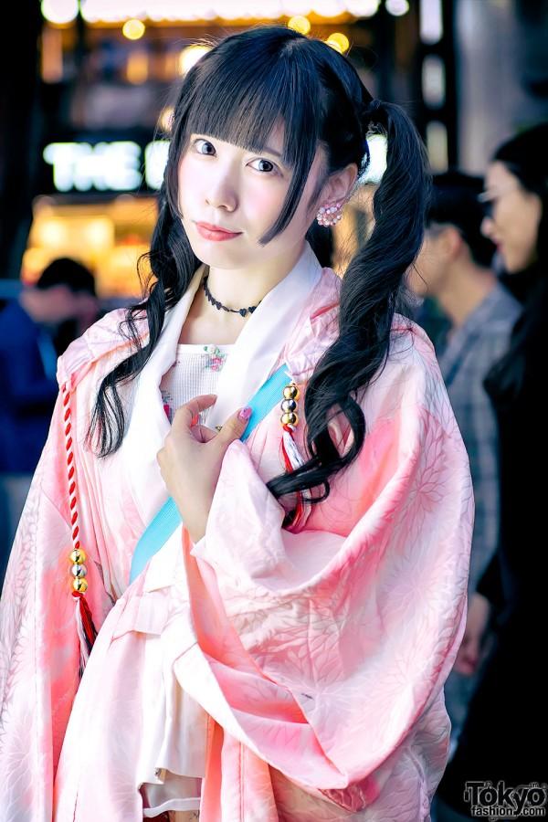Japanese Idol Shioringo in Hayatochiri Kimono, Jenny Fax