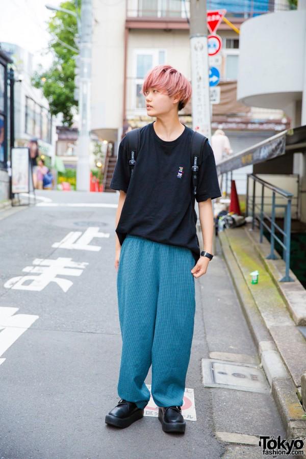 Minimalist Men's Street Fashion in Harajuku