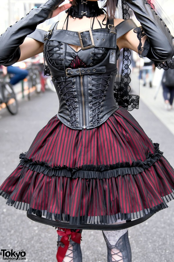 Na+H Gothic Dress, Corset & Harness
