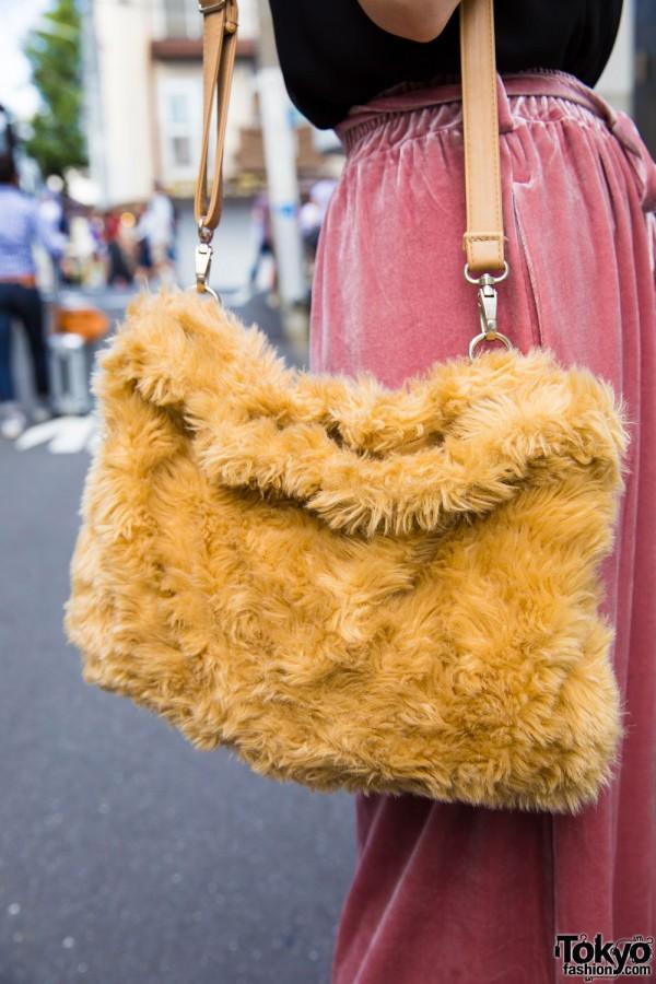 Lowrys Farm Faux Fur Bag