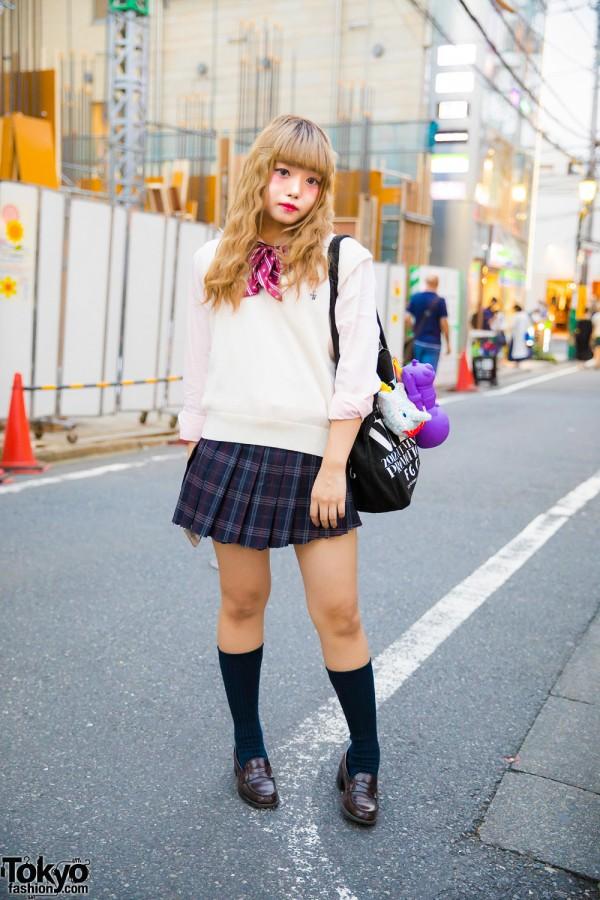 Harajuku Girl in Japanese School Uniform Street Style