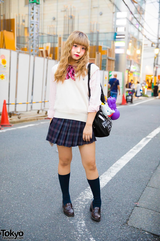 Harajuku Girl in Cute Japanese School Uniform Inspired ...