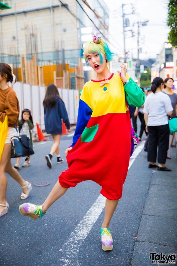 Harajuku Girl in Kawaii Fashion