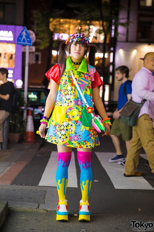 Harajuku Girl w/ Decora Hair Clips, 90884 Kawaii Fashion, Spinns & Yosuke