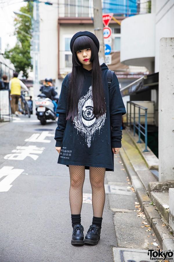 Harajuku Girl in Dark Street Fashion w/ Fishnets, Creepers & Beret