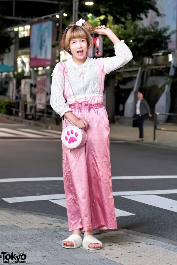 Kawaii Pink Fashion & Satin Pants in Harajuku