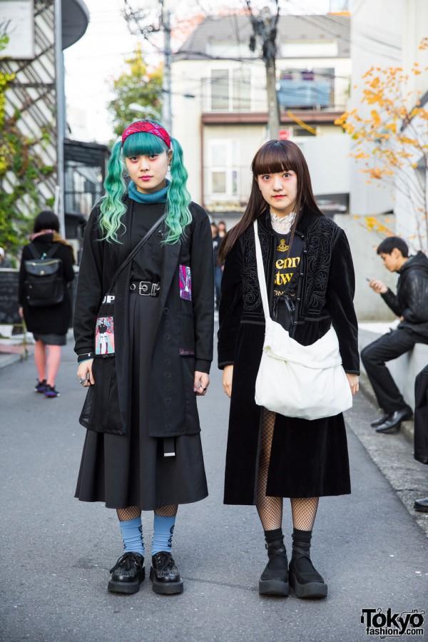 Harajuku Girls in Dark Street Fashion