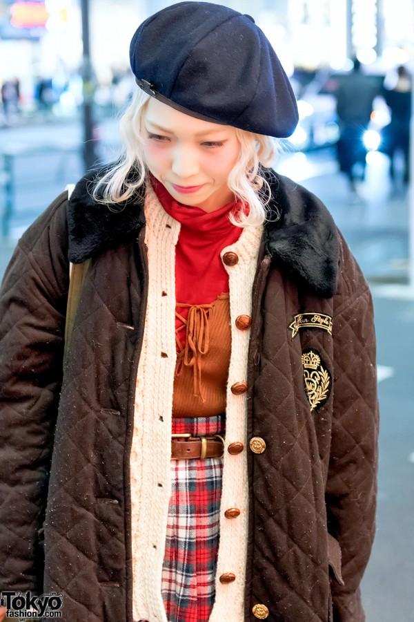 Beret & Vintage Fashion in Harajuku