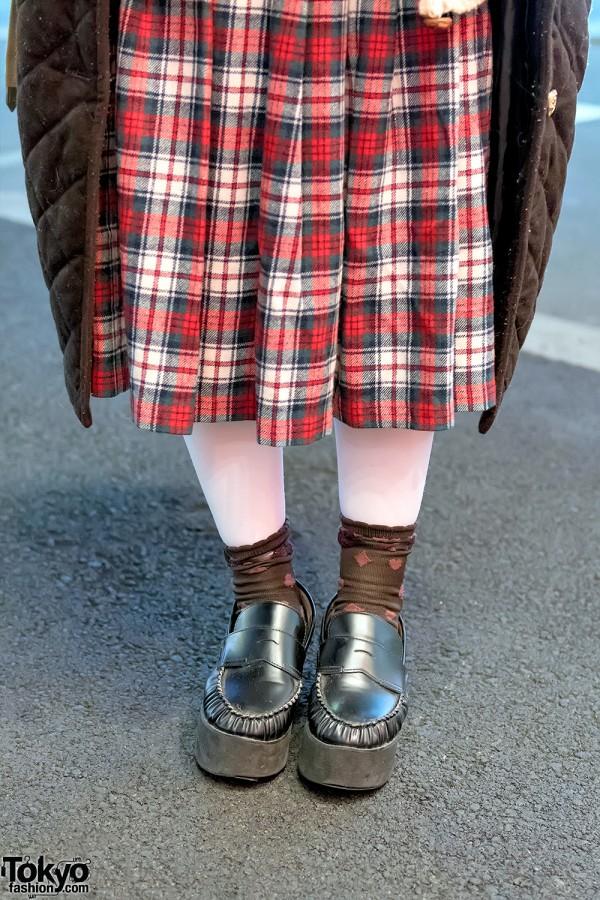 Plaid Midi Skirt & Platform Loafers