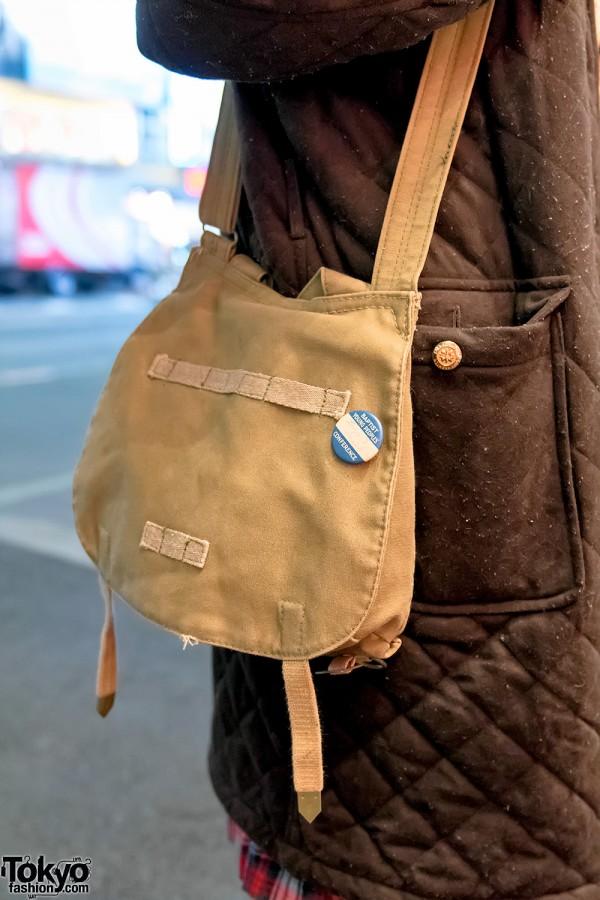 Vintage Canvas Shoulder Bag in Harajuku