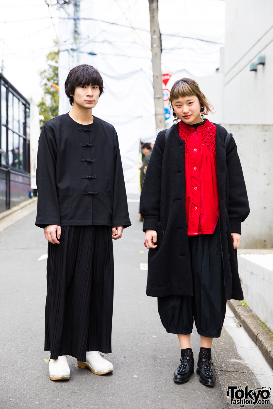 35b7976b168 Harajuku Duo in Vintage Fashion w  Comme des Garcons