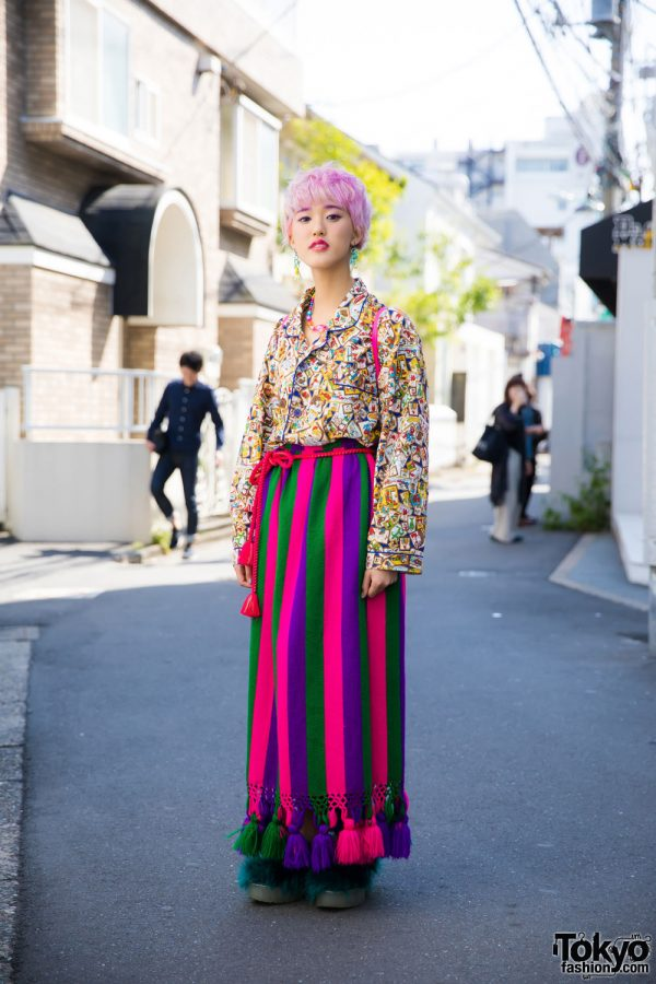 Pink-Haired Harajuku Girl in Colorful Resale Fashion w/ Jeffrey Campbell & 6%DOKIDOKI