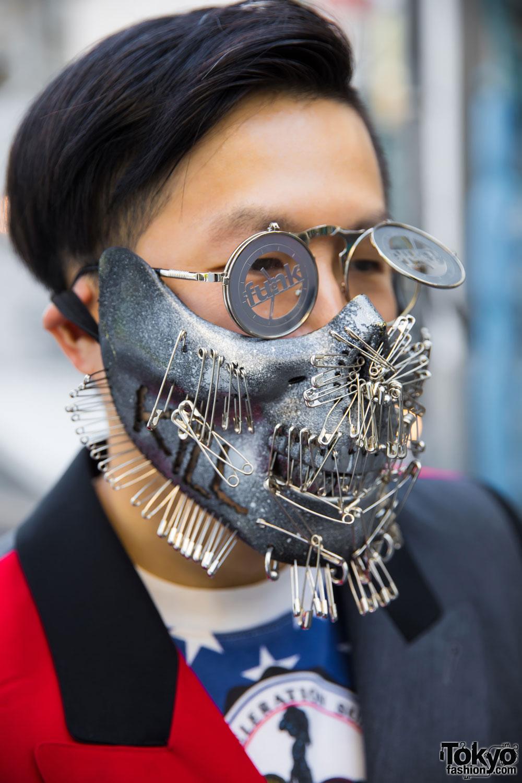 Harajuku Guy In Metal Face Mask W Colorblocked Coat