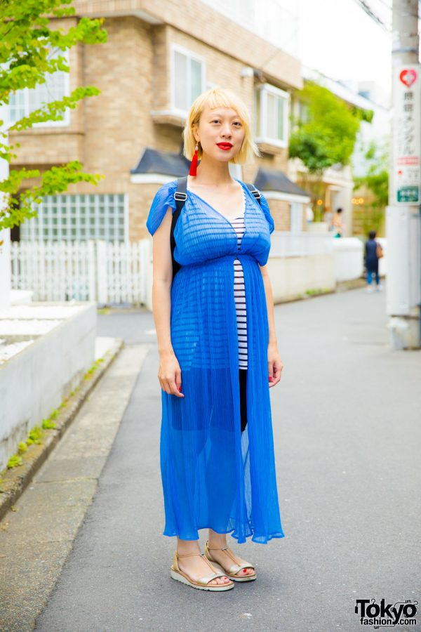 Blonde Harajuku Girl in Lingerie as Outerwear Fashion w/ H&M
