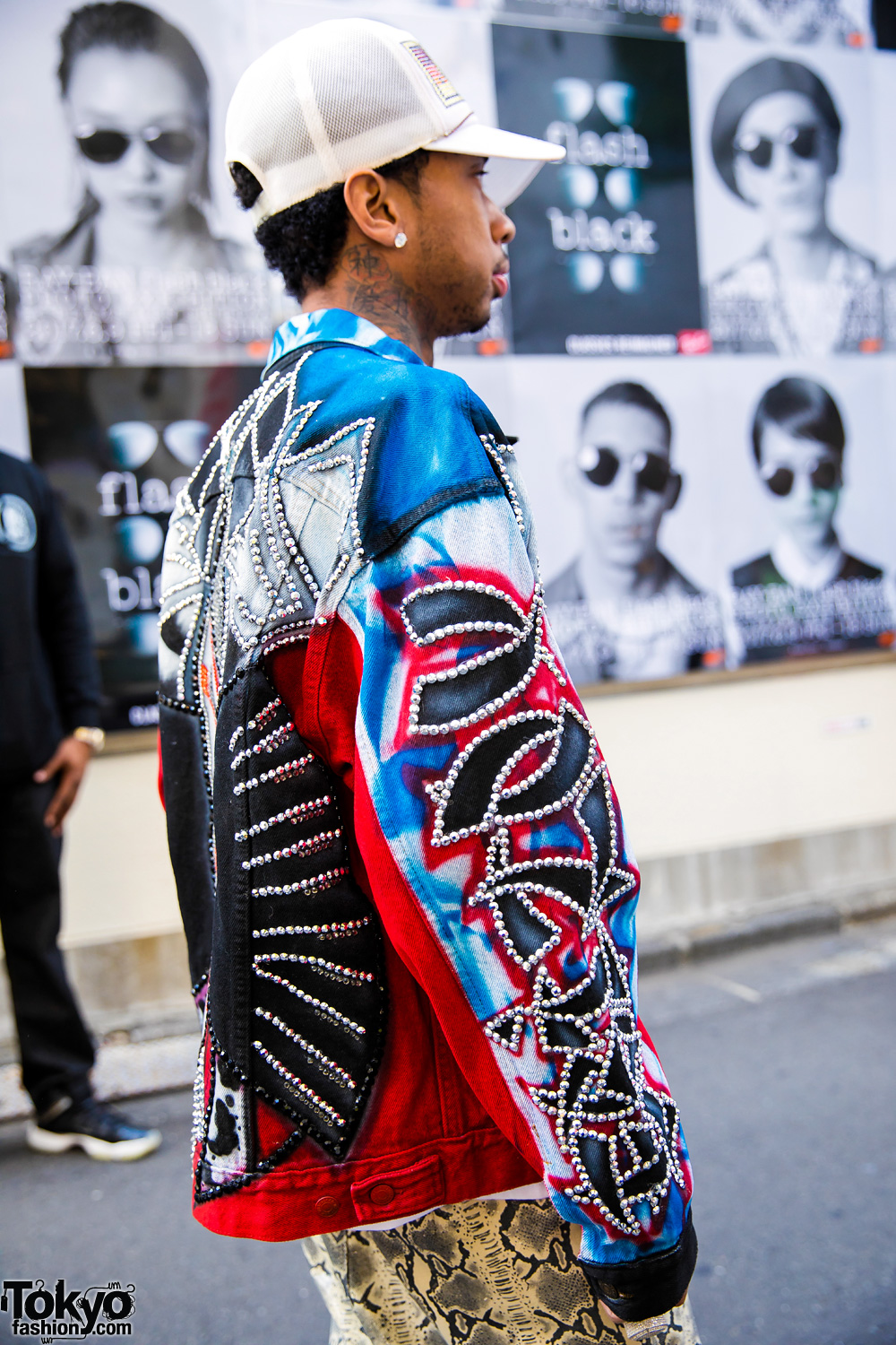 Dog Harajuku Fashion Fangophilia Rings Myob Nyc Bag: Tyga On The Street In Harajuku W/ VietRaw, BAPE & Dog