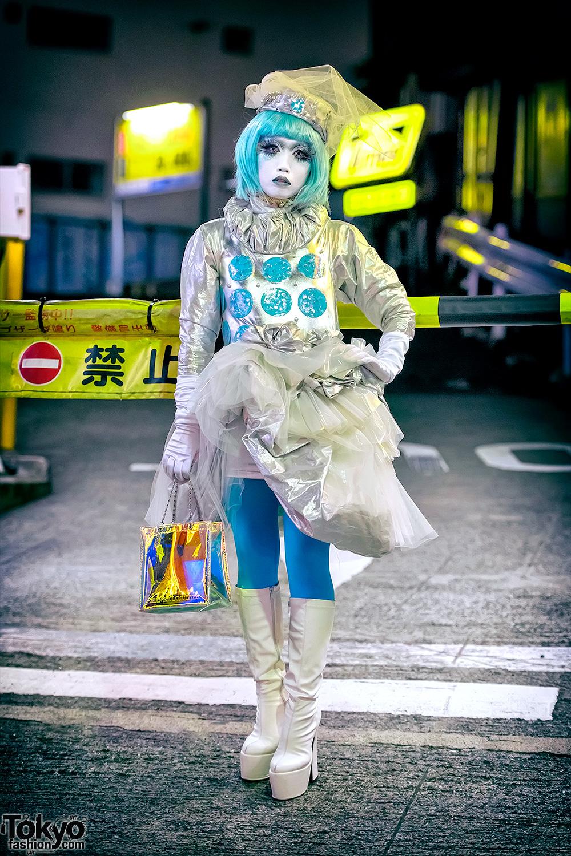 Shironuri Minori on the Street in Shibuya at Night Wearing Aqua & Silver