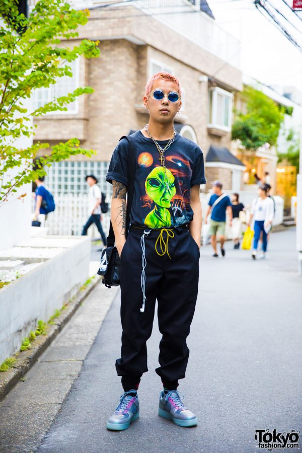 Pink-Haired Harajuku Guy in Street Style by Alien Workshop, Dickies, Nike & Palace