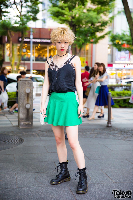blonde harajuku girl in vintage street style w leopard