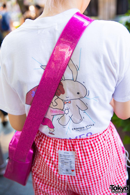Harajuku Girl In Pink Plaid Fashion W Crayon Shin Chan