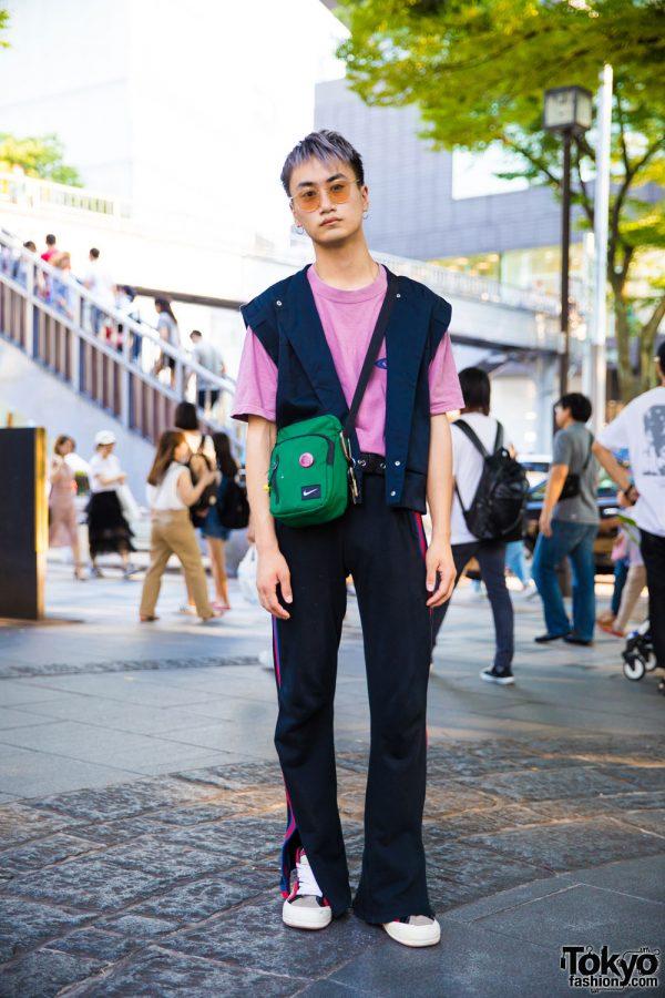 Harajuku Guy in Minimalist Sporty Streetwear Fashion w/ Nike & Vans
