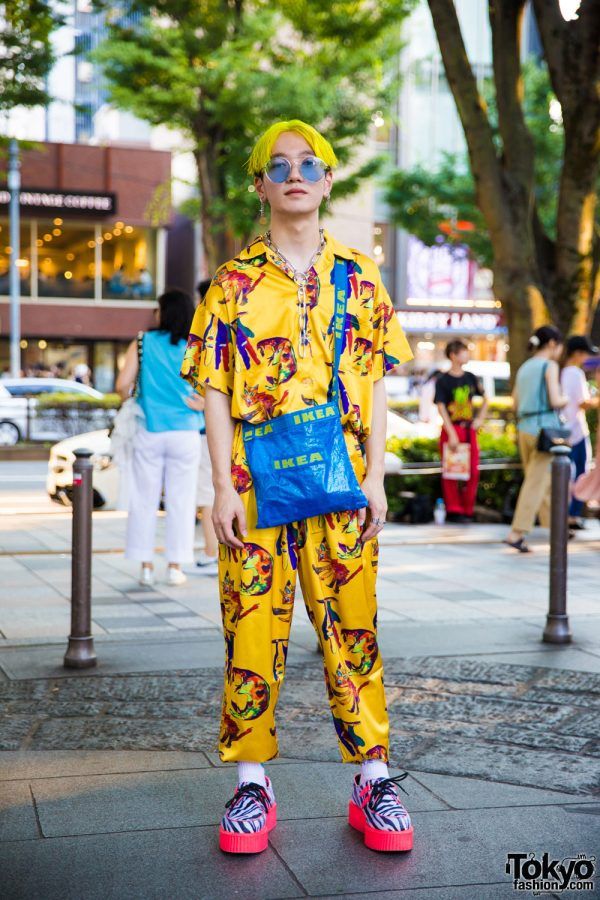 All Over Print Street Style in Harajuku w/ IKEA Bag, Kobinai, Demonia & Never Mind the XU